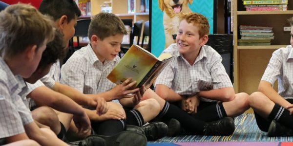 Junior students reading